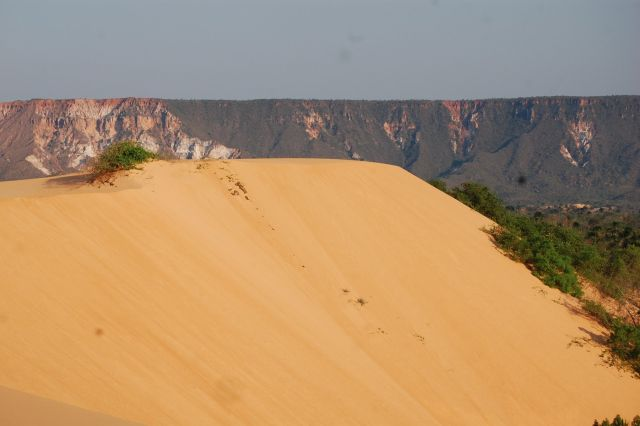 As dunas e as chapadas: paisagens do Parque Estadual do Jalapão, no Tocantins (Foto: Agência Rota da Iguana)